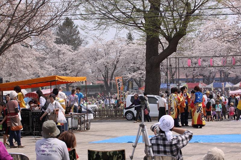 2014年春の十和田市官庁街通03